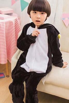 Pingvinchik-detskij-kigurumi-1