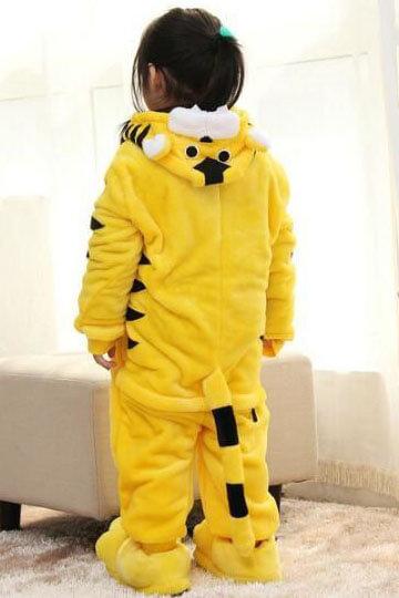 Детский кигуруми тигр желтый фото